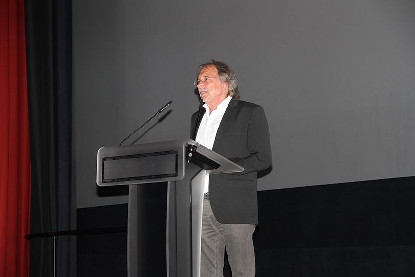 Seine letzte Ansprache vor dem Ruhestand: Friedrich Grewe, stellv. Schulleiter im Schulzentrum Neustadt.